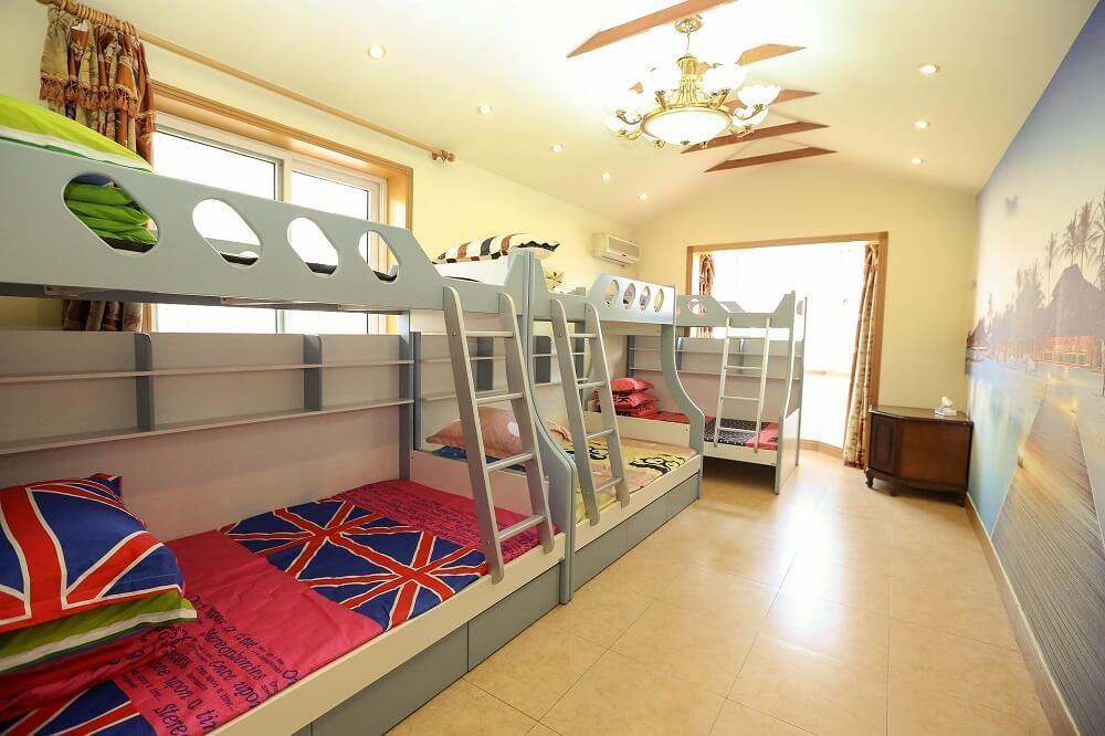 Bunk beds for a children's room – advantages and disadvantages