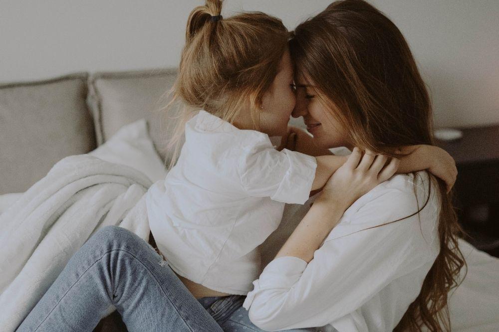 Stroje dla mamy i córki – poznaj ciekawe propozycje takich samych ubiorów!